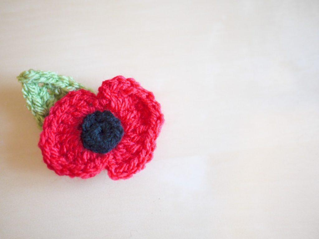 Crochet poppy and leaf
